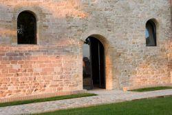 San Masseo, ingresso della cripta