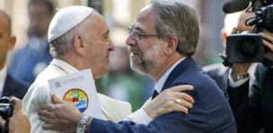 Papa Francesco in visita al tempio valdese