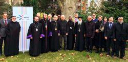 Gruppo dei partecipanti all'incontro ecumenico tra la Chiesa cattolica e le Chiese ortodosse orientali organizzato daPro Oriente a Vienna.
