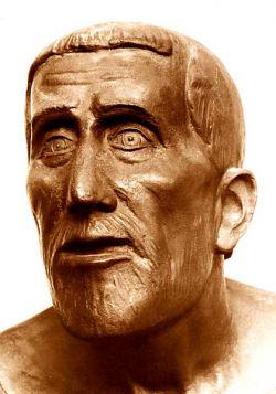 Bronzo -  (particolare del volto del padre) 1927 cm 212 x 149 x 99,5  - Aqui Terme