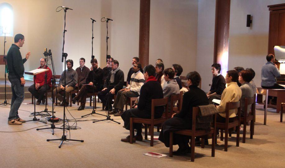 La registrazione in chiesa con il maestro Biglino
