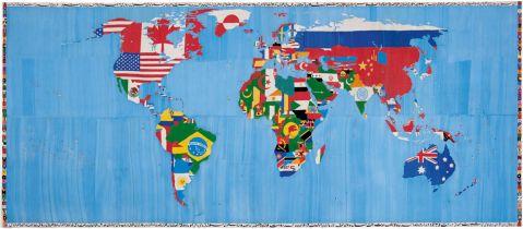 Alighiero Boetti, Mappa 1989–94, ricamo su tessuto, 100 x 231 cm, Collezione Giordano Boetti, Roma.