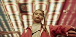 Fotogramma del video musicale 9 maggio di Liberato