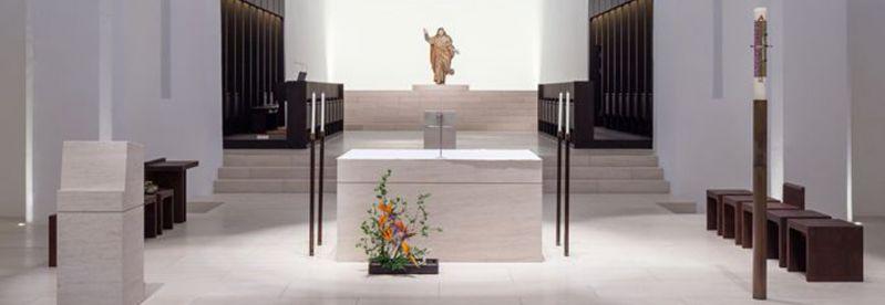 19 03 altare intro sito