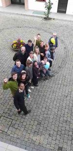 Le famiglie della comunità Oikos (Goteborg) con alcuni fratelli e sorelle di Bose.