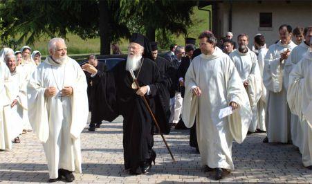 Il Patriarca ecumenico Bartholomeos I in visita a Bose nel 2013